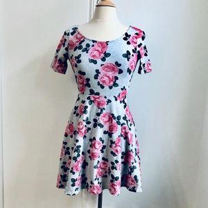 H&M Size 10 Medium Gray Floral Skater Summer Dress